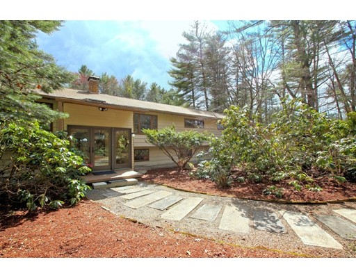 416 Taylor Road, Stow, MA