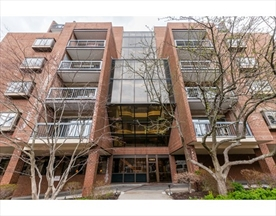 Property for sale at 1265 Beacon Street - Unit: 401, Brookline,  Massachusetts 02446