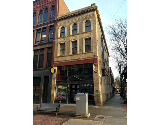 160 Merrimack Street, Lowell, MA 01852