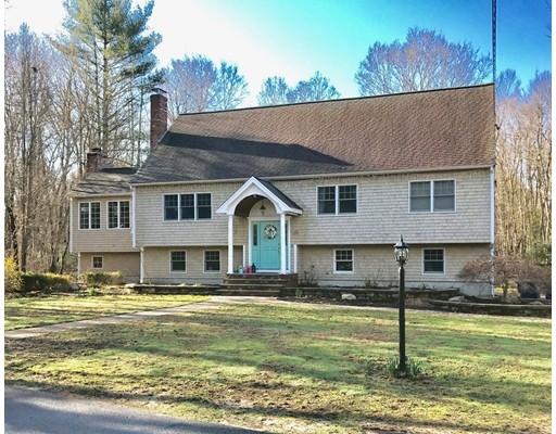 15 Woodview, Lakeville, MA