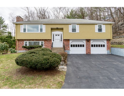 4 Valleywood Circle, Winchester, MA