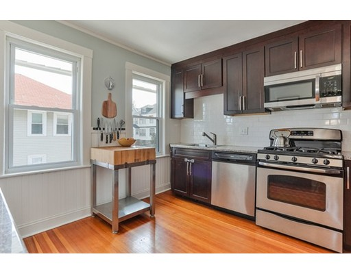 352 Beech Street, Boston, MA 02131