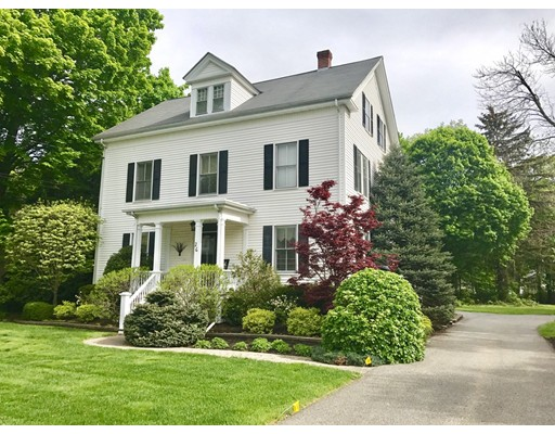 26 Walnut Road, Hamilton, MA