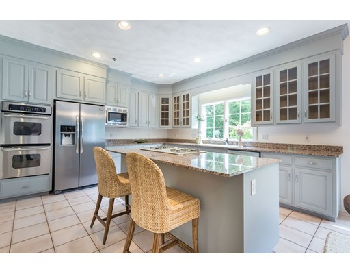 12 Carriage Chase Road, North Andover, MA