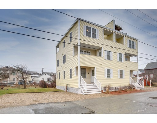 61 Cable Avenue, Salisbury, MA 01952