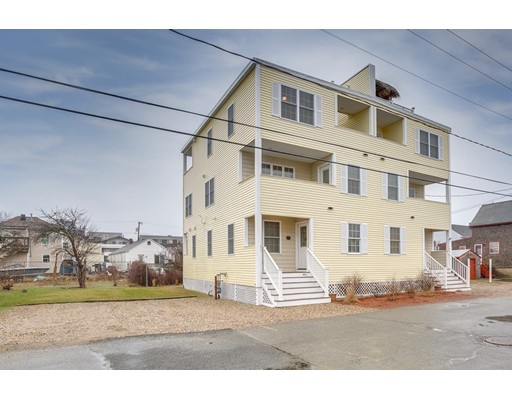 61 Cable Avenue, Salisbury, MA