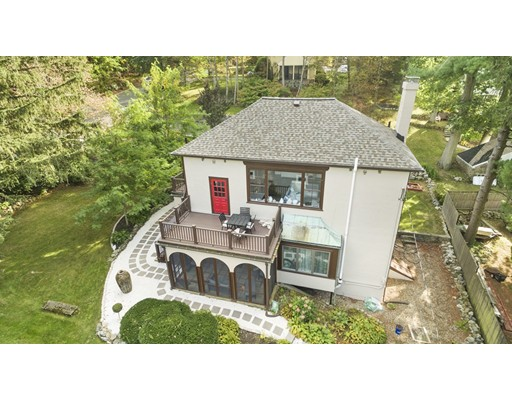 10 Hillcrest Parkway, Winchester, MA