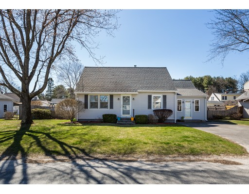 24 Mountain View Circle, Southampton, MA