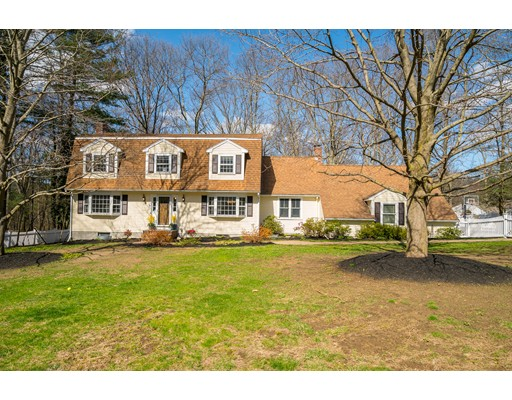 70 Indian Hill Road, Medfield, MA