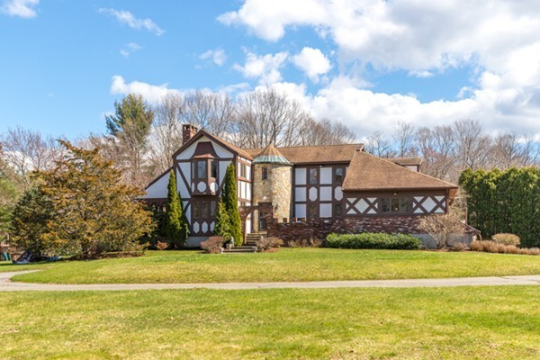 24 Rubbly Rd, Wenham, MA, 01984, Essex Home For Sale