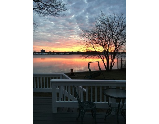 227 Palmer St, Quincy, MA 02169