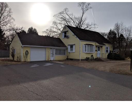 33 Raymond Avenue, Chicopee, MA