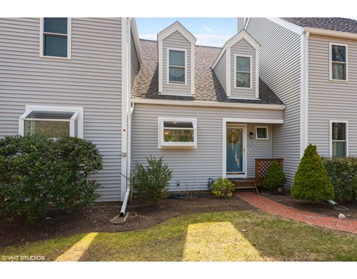 39 Southpoint Dr, Sandwich, MA 02563
