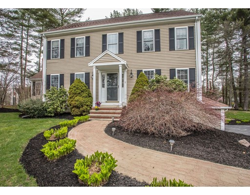 2 Dunham Pond Road, Lakeville, MA