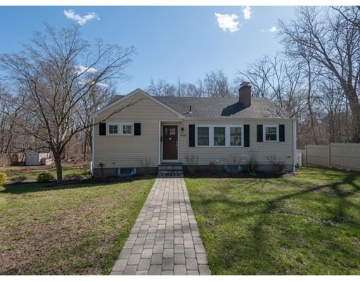 1566 Great Plain Avenue, Needham, MA