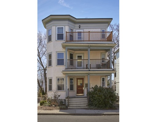 58 Conwell Ave, Somerville, MA 02144