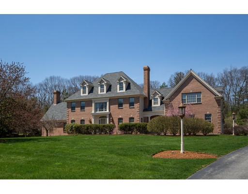13 Schipper Farm Lane, Southborough, MA
