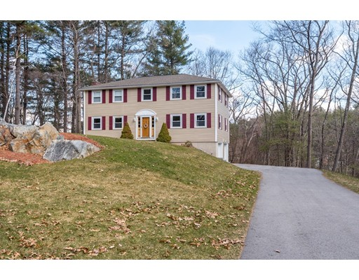 100 Candlestick Road, North Andover, MA