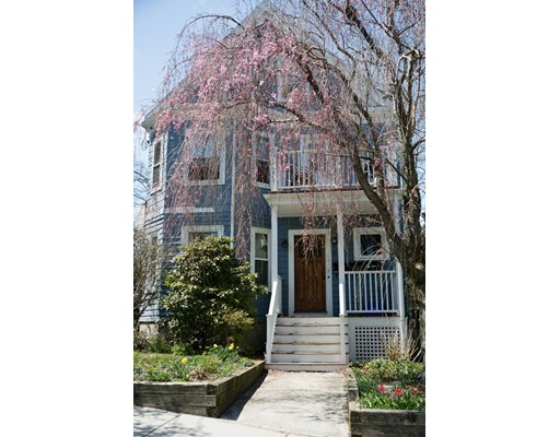 28 Sycamore St, Somerville, MA 02143