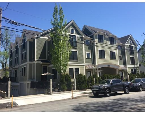 221 Beacon Street, Somerville, MA 02143