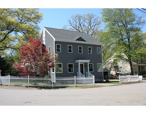 10 Border Road, Natick, MA