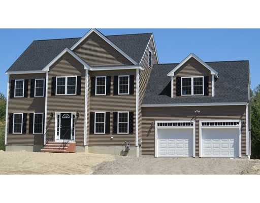 43 Gateway Lane, Middleboro, MA