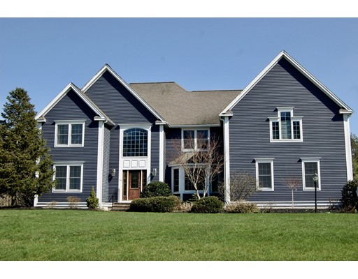 136 Pleasant Street, Northborough, MA