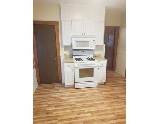 Roslindale 3 bed, 1 bath available for July 1st. Separate entrance, hardwoods throughout, laundry in unit, ceiling fans in bedrooms, newer kitchen, 1 deeded parking spot, plenty of basement storage.