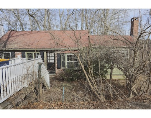 33 Leigh Road, Norwell, MA
