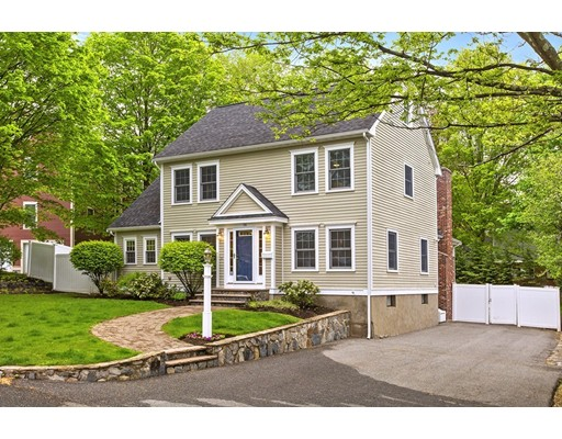 16 Hinds Road, Winchester, MA