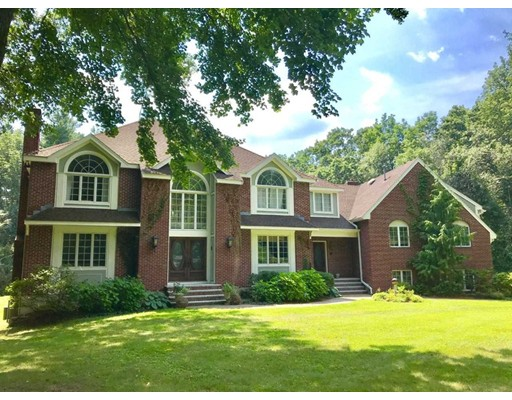 12 Cloverfield Drive, Andover, MA
