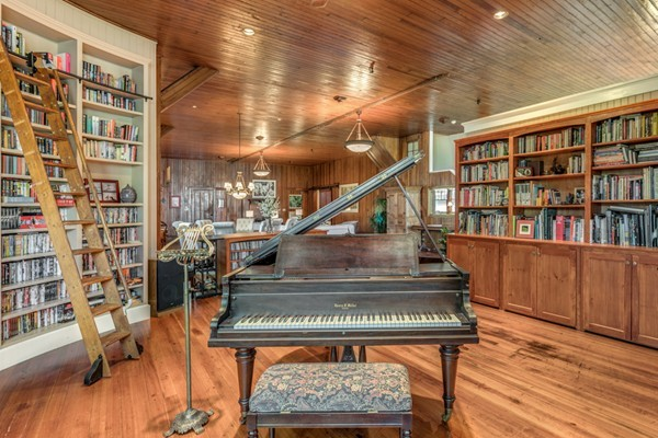75 Clifton Ave., Marblehead, MA, 01945, Essex Home For Sale