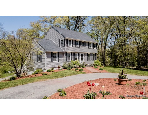 16 Woodberry Lane, North Andover, MA