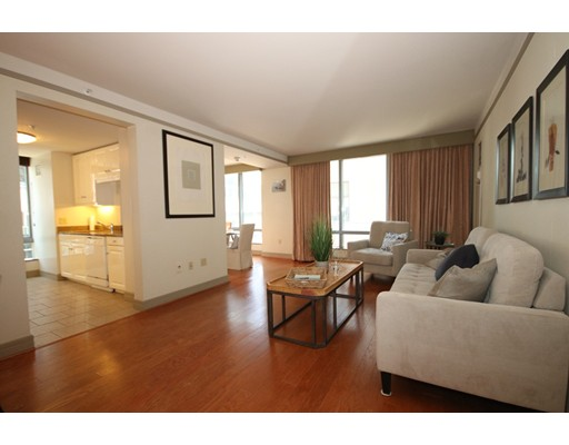 Condominium/Co-Op for sale in The Residences At The Ritz Towers, 404 Midtown, Boston, Suffolk