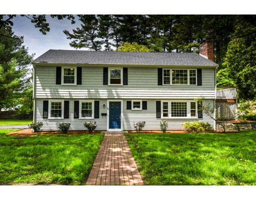38 Blueberry Lane, Reading, MA