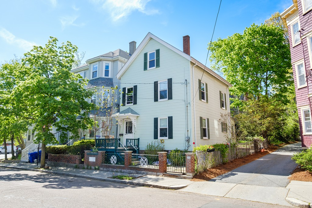 10 rice street brookline ma detached real estate listing mls 10 rice street brookline ma detached real estate listing mls 72328707 solutioingenieria Image collections