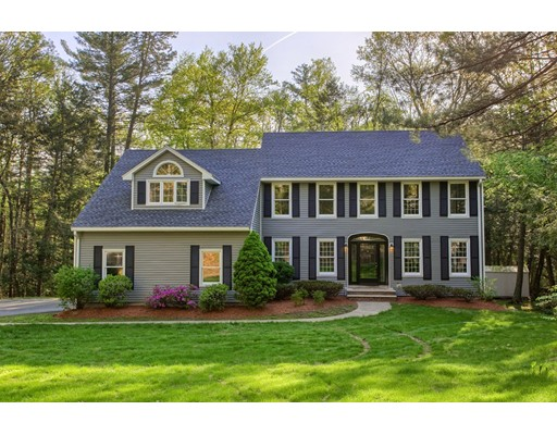 19 Ravens Bluff, Andover, MA