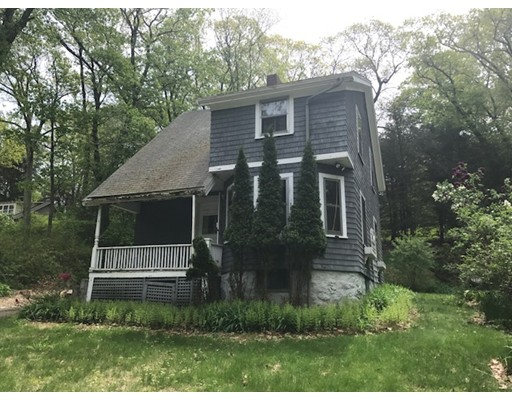 4 Woodward Lane, Weston, MA