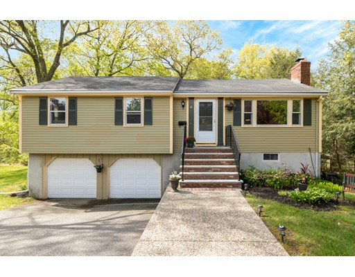 16 BRENTWOOD Drive, Reading, MA