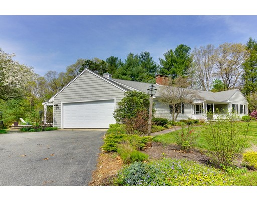 8 Meadowbrook Road, Dover, MA
