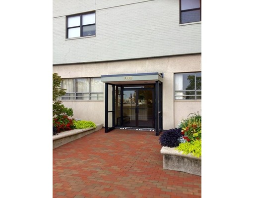 6 Whittier Place, Boston, MA 02114