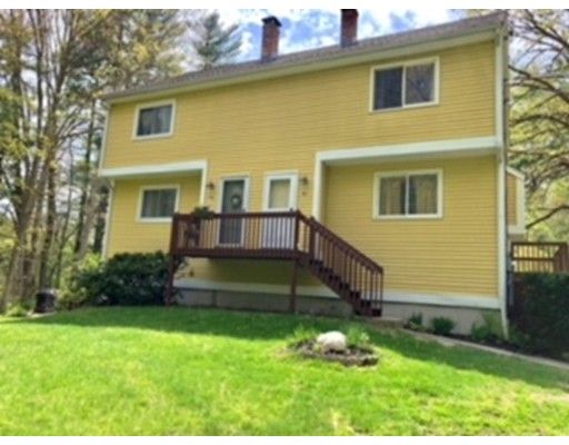 11 Gamache, Derry, NH 03038