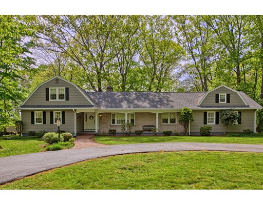 15 Mount Joy Dr, Tewksbury, MA