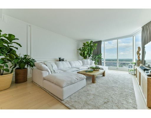 Condominium/Co-Op for sale in 1 Franklin Midtown, Boston, Suffolk