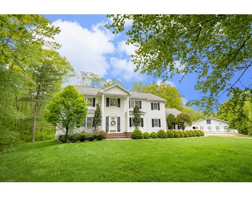 130 Stanphyl Road, Uxbridge, MA