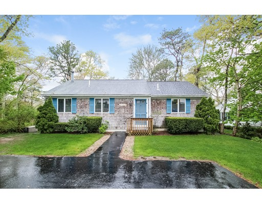 82 Lake Drive, Bourne, MA