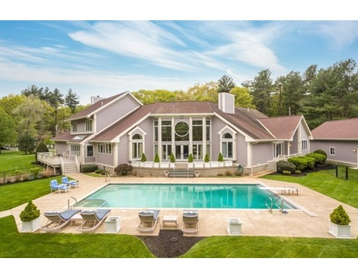 11 North Hill Drive, Lynnfield, MA