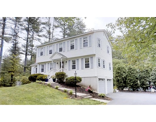Photo of 23 Tokanel Dr Londonderry NH 03053
