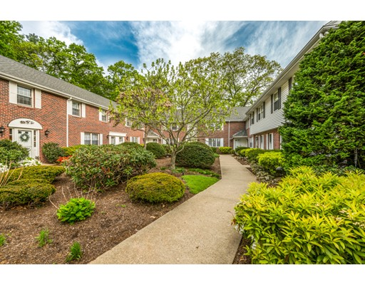 21 Westerly St, Wellesley, MA 02482