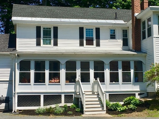 92 Main St, Northfield, MA: $369,900